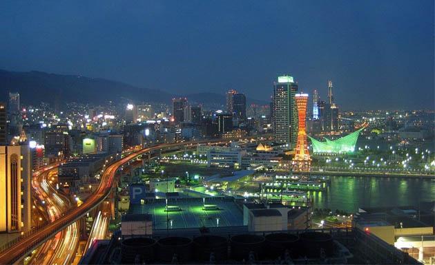 Kobe de noche