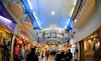 Nakano Broadway, subculturas en Japón