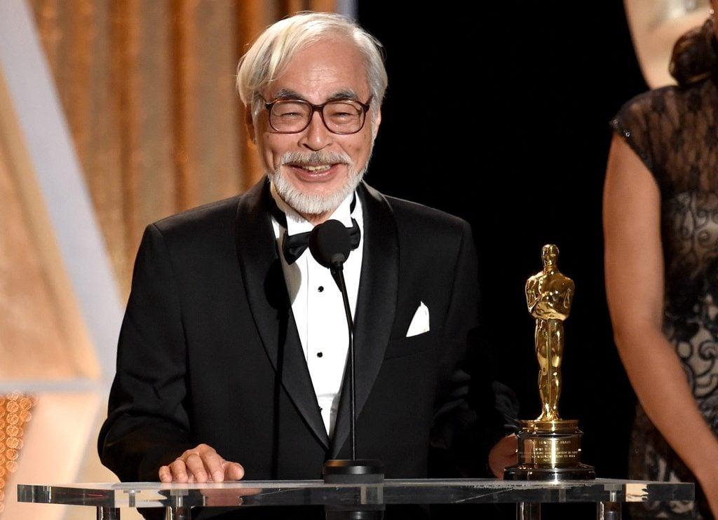 Hayao Miyazaki recibiendo Premio Óscar