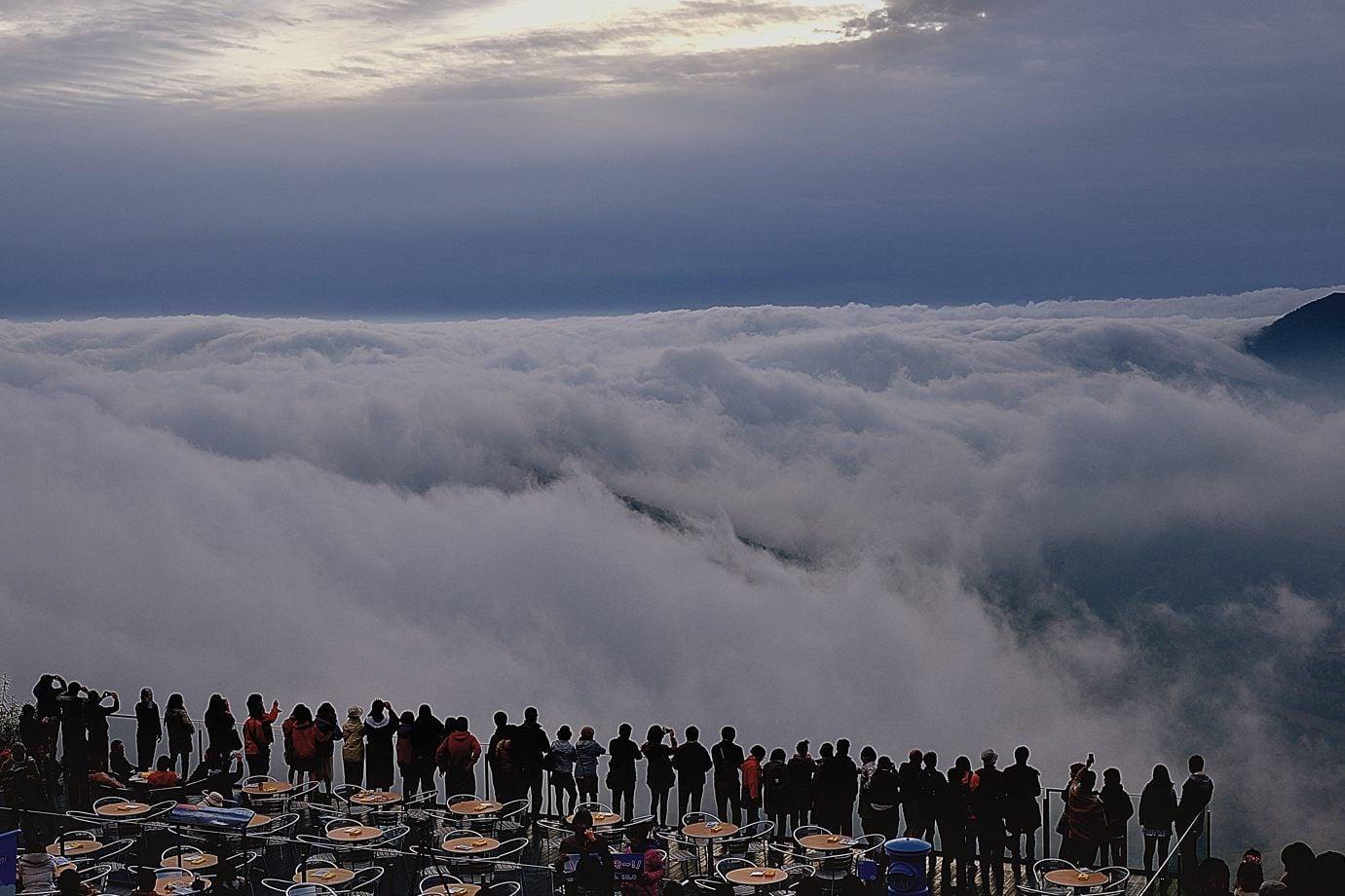 Mar de nubes de Tomamu トマムの雲海